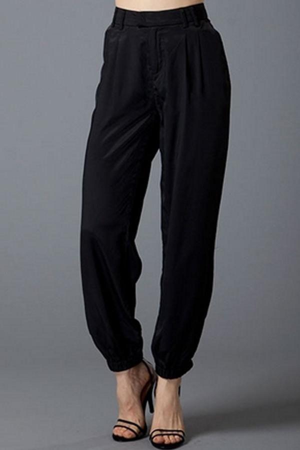 Uniq Silky Jogger Pants