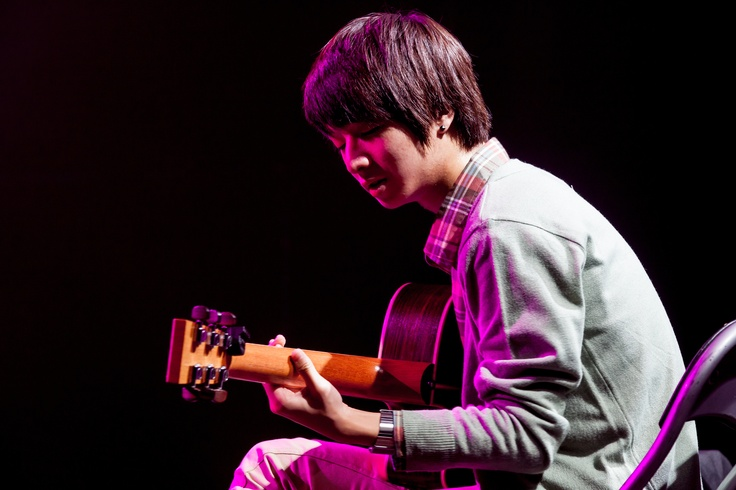 Sungha Jung. His guitar playing <3