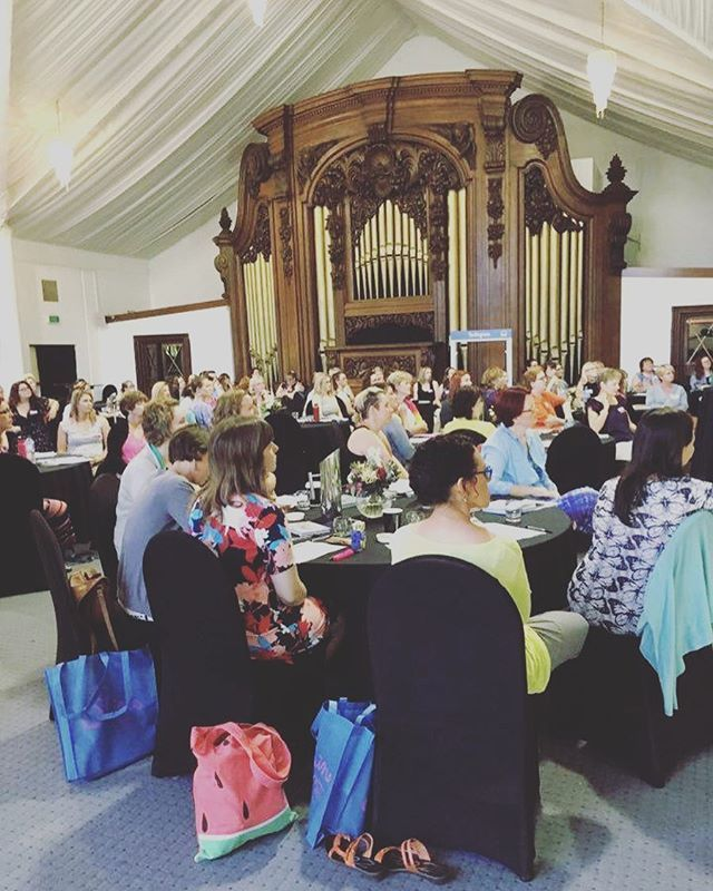 Our shining group! Surrounded by about 100 gorgeous souls at the #shiningacademy #canberra #retreat #leoniedawson