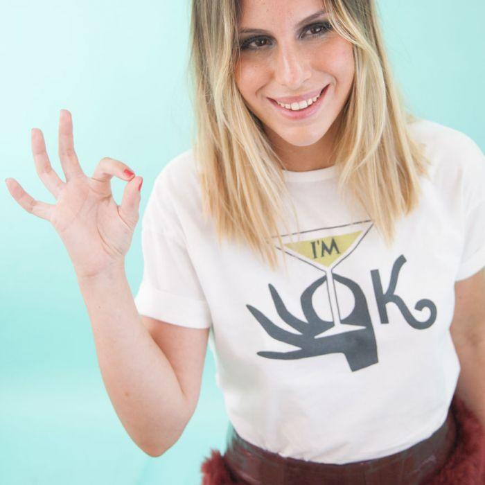 """Camiseta """"I'm OK"""" de Divas de Diván"""