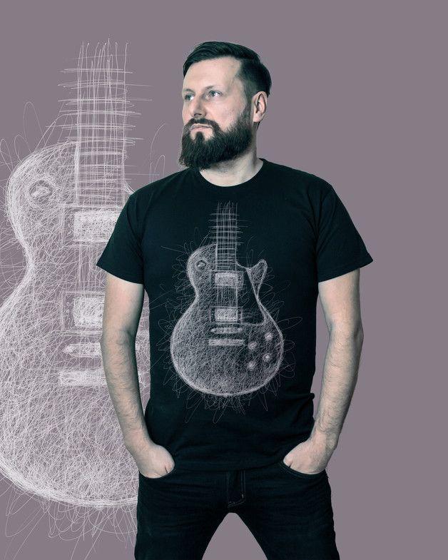 doskonałej jakości T-shirt z niepowtarzalną grafiką stworzoną przez rysownika i grafika Marcina DE.Grafika przeniesiona na koszulkę metodą druku cyfrowego dtg. Wysoka trwałość, nadruk jest...