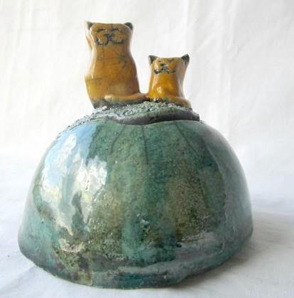Guarda questo articolo nel mio negozio Etsy https://www.etsy.com/it/listing/568552869/gatti-rossi-scatola-di-ceramica-raku