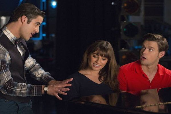 Watch Glee Online - The Hurt Locker, Part 1 | Hulu