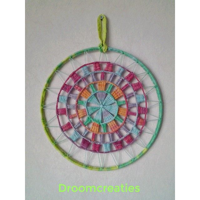 ★ Another mandala dreamcatcher finished, with weaving and crochet ★  #mandala #mandaladesign #mandalart #weaving #weven #haken #crochet #dreamcatcher #dromenvangers #weaveart #creative #crea #handmade #droomcreaties #instagram #instalike