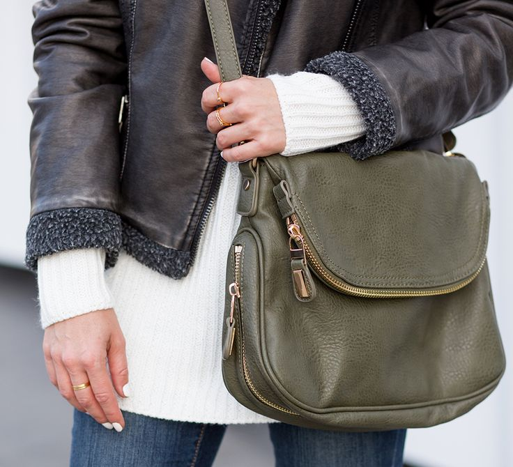 Sydne Style reviews Stitch fix fix box with olive cross body bag for fashion trends
