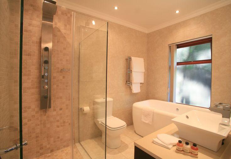 Luxury Double room bathroom at The Boardwalk Lodge, Wilderness, Garden Route www.boardwalklodge.co.za
