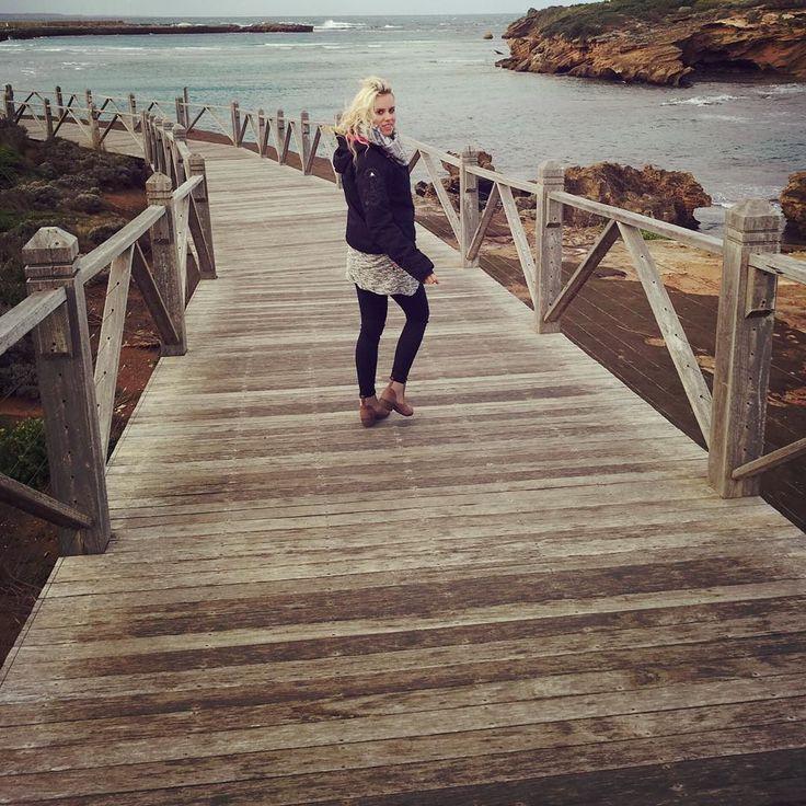 Breakwater  #breakwater #warrnambool #warrnamboolbeach #windy #clouds #butneverstopliving #australia #backpacker #happyme #smile #blondgirl #germangirl #vanlife #couple #lovethisplace #travel #bridge #bluewater by bini_0611