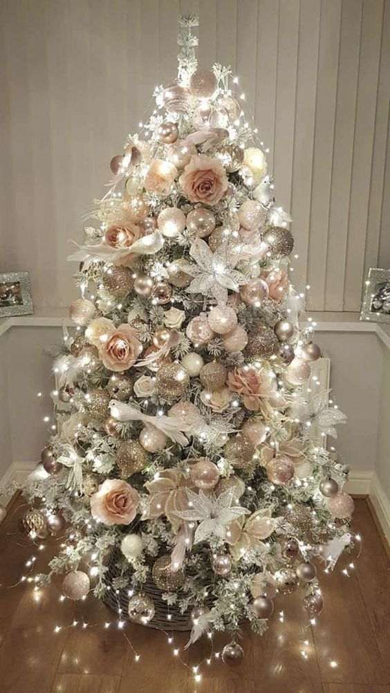 20 Classy And Elegant Floral Christmas Tree Ideas Floral