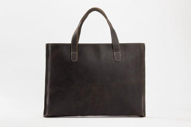 minimalist basic leather laptop bag