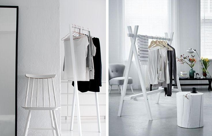 Biały stojący wieszak na odzież