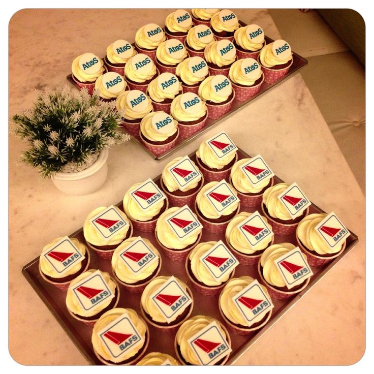 Customized cupcake for corporates