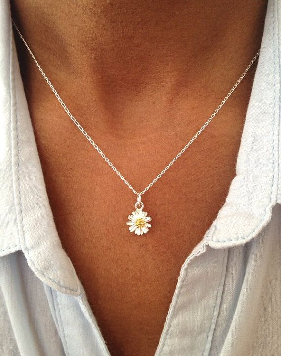 Sterling Silver Daisy Necklace, Floral Necklace, Floral Jewelry Gift UK Shop Birthday Gift Christmas Gift