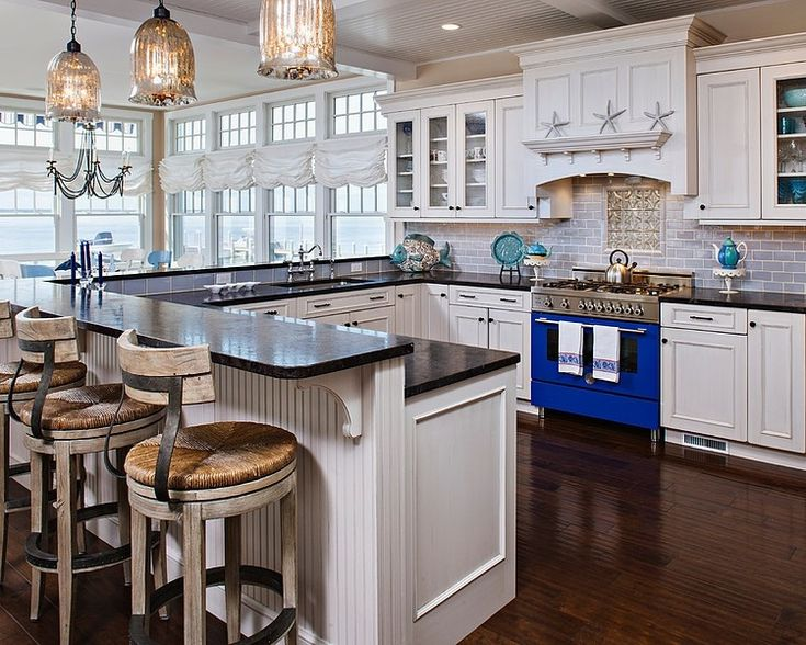 Why not make your oven your focal point! Harvey Cedars Home by Serenity Design