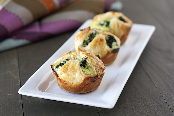 Spinach Puffs from handletheheat.com