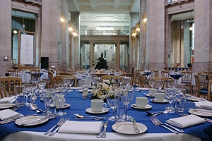 National Museum Cardiff (Amgueddfa Genedlaethol Caerdydd) - Welsh wedding venue #cardiff #wedding