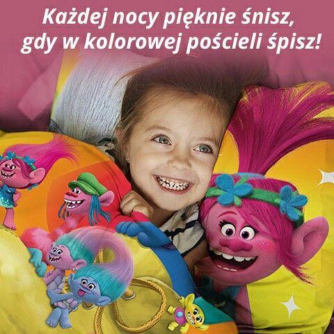Śpiew, taniec, uściski :) my też uwielbiamy! Taki uśmiech jest wart wszystkich pieniędzy świata :) cudowna pościel z Trollami tylko od FARO