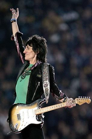 Ron Wood - The Rolling Stones. #music #musician #guitarist #therollingstones http://www.pinterest.com/TheHitman14/musician-guitarists-%2B/