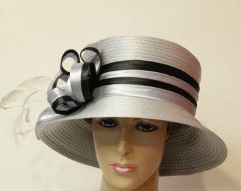 Hochzeit-Hut kirchlichen Hut Mad Hatter Cloche. von AwardDesign