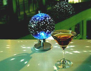 こちらは地球儀ではなく天球儀という位置づけになるのですが、非常におしゃれなので紹介します。  ドイツ・stellanova(ステラノーバ)社製の天球儀「Star…