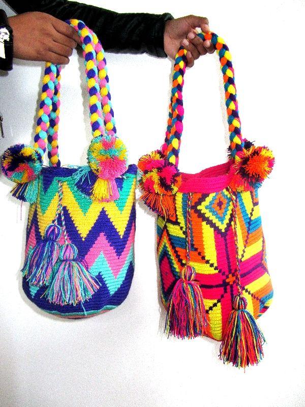 Wayuu Mochila Handbag Short Handel pastel M - www.missmochilabags.com