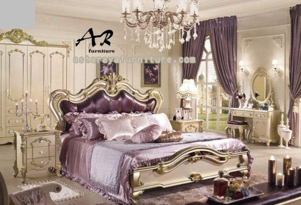 Set Kamar Tidur Mewah Klasik Furniture Terbaru