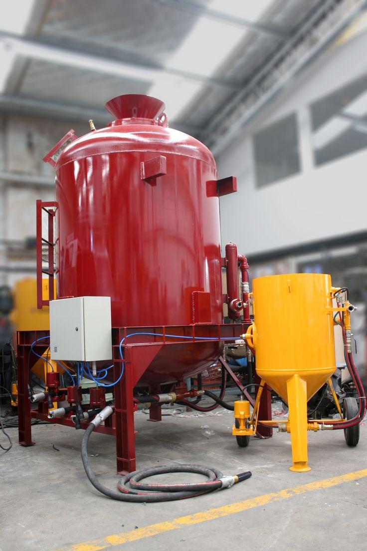 Tolvas de Gran tamaño, para proyectos de clase mundial. 45 años de experiencia en fabricación de tolvas de Granallado