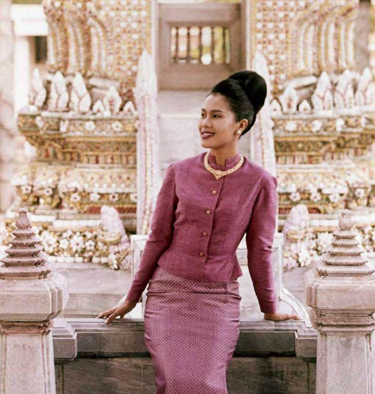 MY QUEEN, HM the QUEEN OF THAILAND ขอจงทรงพระเกษมสำราญ