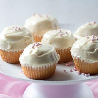 Taste Mag | Classic vanilla cupcakes @ https://taste.co.za/recipes/classic-vanilla-cupcakes/