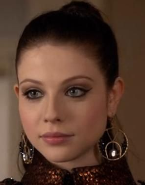 michelle trachtenberg as georgina sparks | admit it, we all have a little bit or georgina sparks in us.