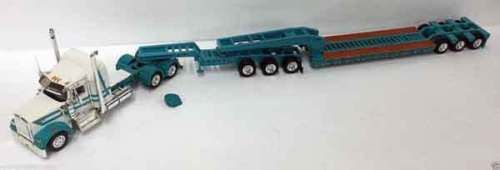 Tonkin-500036-1-53-Kenworth-W900L-with-Sleeper-in-White-amp-Turquoise