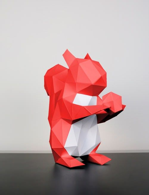 Snap, crack, crackle - what is rustling there in the undergrowth? It is a small squirrel, who cleverly and nimbly opens a nutshell and then gleefully devours the nut. True-to-nature nature, our cute Papertrophy paper figure measures 10.5...