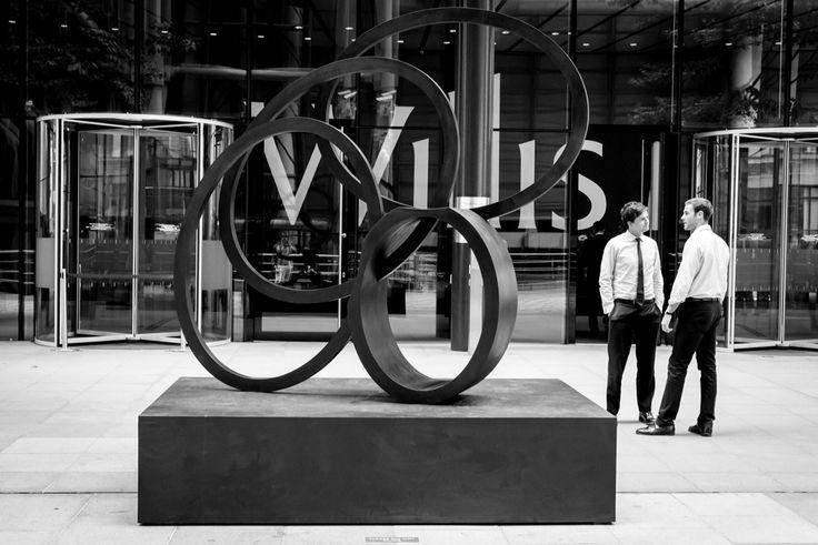 Voi cosa vedete in questa foto? Io vedo la capacità d'#espressione. Una #scultura #moderna che esprime #semplicità e #bellezza.