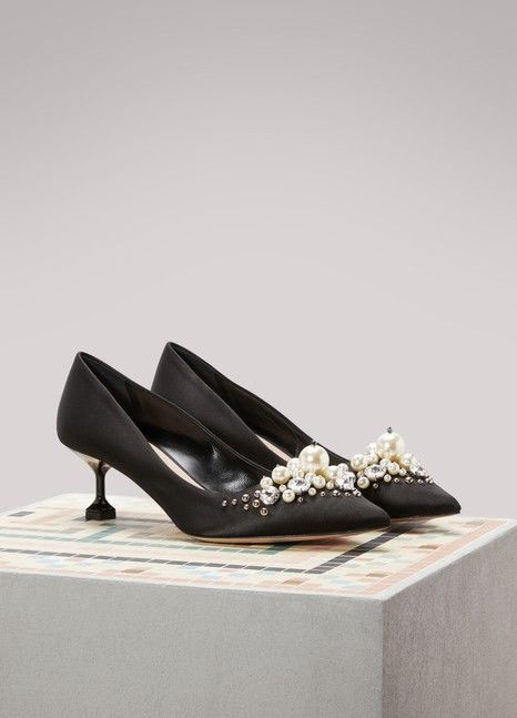 0887dddf82a7 Mid-Heel Pumps With Pearl Details