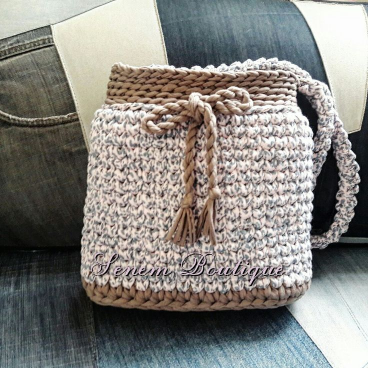 T SHIRT YARN BAG #penyeip #tshirtyarn #trapillo #yarn #handmade #yarnart #homemade #crafty #evaksesuar #ganchillo #dekorasyon #decoration #spagettiyarn