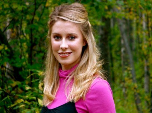 Lissa McKinney Crowned Miss Alaska USA 2013