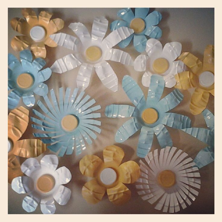 Upcycled Flowers Made From Plastic Water Bottles Craft