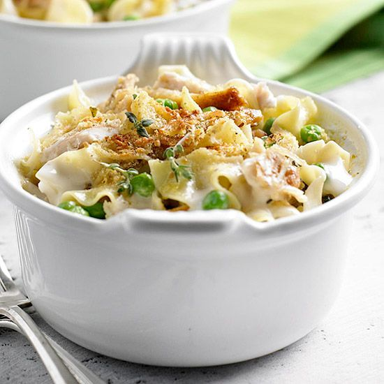 Garlic Parmesan Chicken and Noodles. Slow cooker recipes