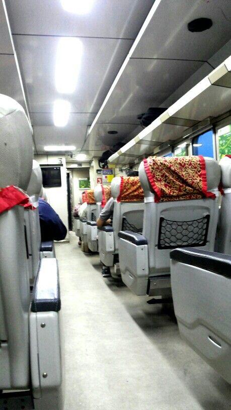 """""""Kereta Api"""" Indonesia"""