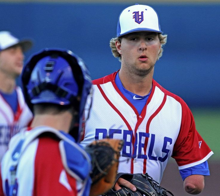 Vestavia Hills' Josh Stevens pitches against Tuscaloosa County during a baseball game Vestavia Hills High School's Sammy Dunn Field in Vestavia Hills, Ala., Thursday, April 6, 2017 (Dennis Victory/preps@al.com)