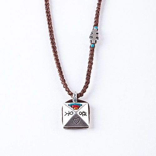 babylonia necklace made in greece