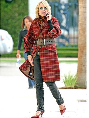 Diane Keaton photoed in People Magazine 2008.  Love the coat, scarf, belt, with jeans and matching red pumps.