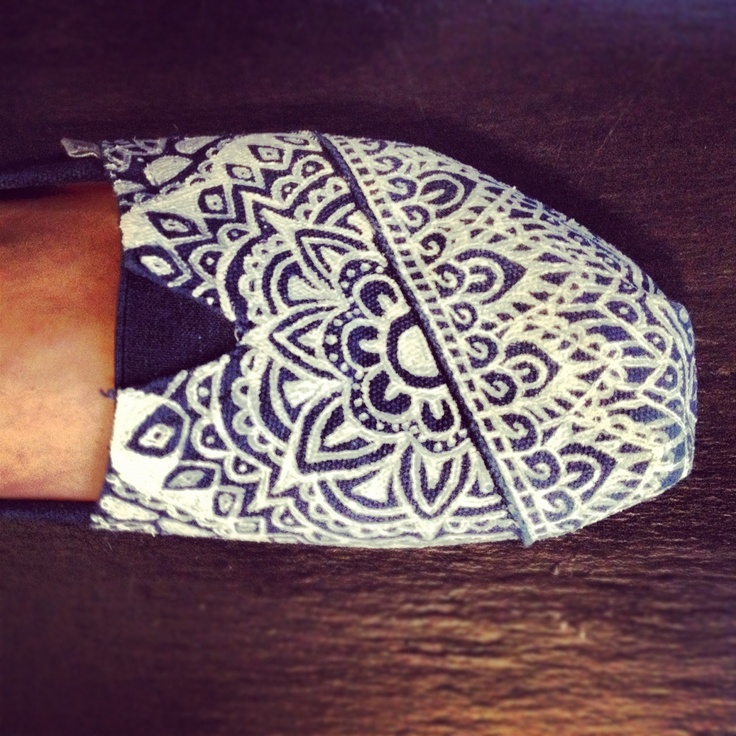 Decorated Toms With a stencil?