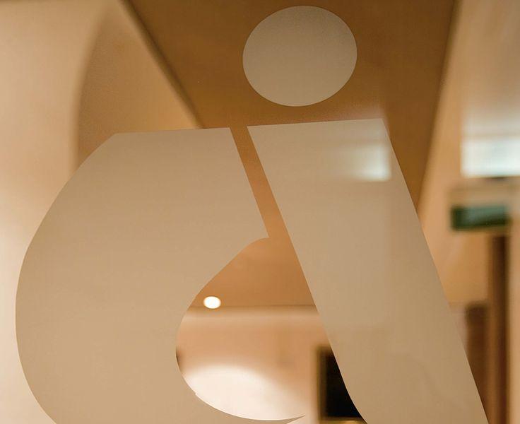 Ingresso alla sala consiliare. Fotografie - Renato Cerisola © 2009 INAIL Tutti i diritti riservati