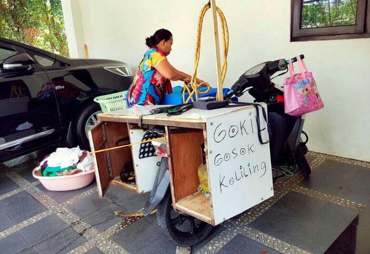 Bisnis 'Gokil' Gosok Keliling, Idola Ibu-ibu Saat Hari Lebaran
