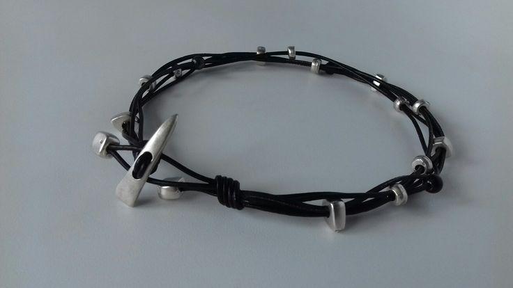 Leather & zamak necklace