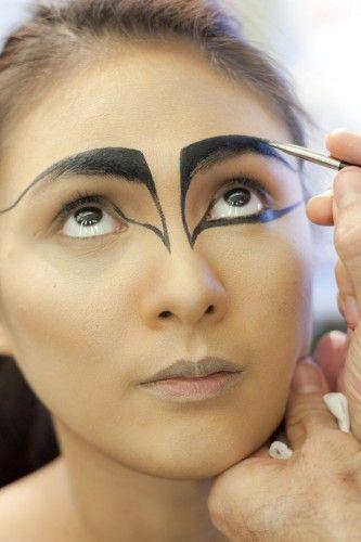 black swan makeup...my halloween costume inspiration... Halloween Makeup #halloween #makeup
