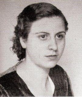"""Ana López Gallego. Una de las trece rosas.  La Carolina (Jaén) circa 1919- 05/08/1939. Modista. Militante de las JSU. Represaliada (asesinada) por el franquismo. Una de las """"Trece Rosas""""."""