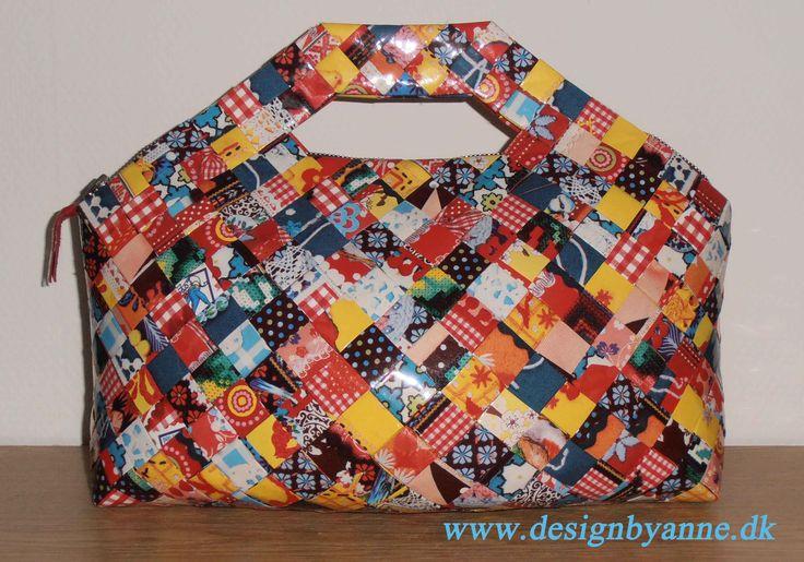 Flettet taske med patchworkmønster