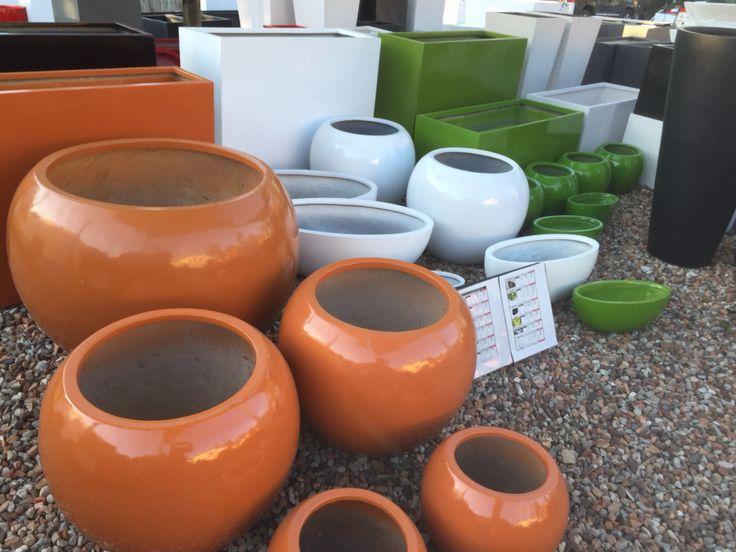 Light Weight Pots from Potsonline Australia