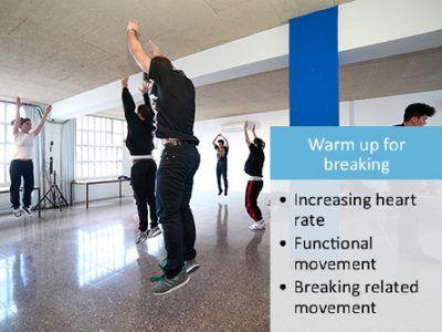Mit großer Dankbarkeit und Freude beobachte ich, wie meine Pionierarbeit hier aus Deutschland, mittlerweile auch internationale Aufmerksamkeit und Anerkennung erlangt. Von vornherein war es meine Absicht und Vision, Yoga und meine Konzepte, an Orte und Menschen zu bringen, für die diese eher schwerer erreichbar und auch ungewöhnlich sind. Vielen DANK an Sophie Manuela Lindner und Urban Dance Health für diesen grandiosen Artikel über #UrbanHealthYoga! #urbandancehealth #sezaicoban